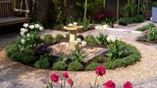 Sussex gravel garden design