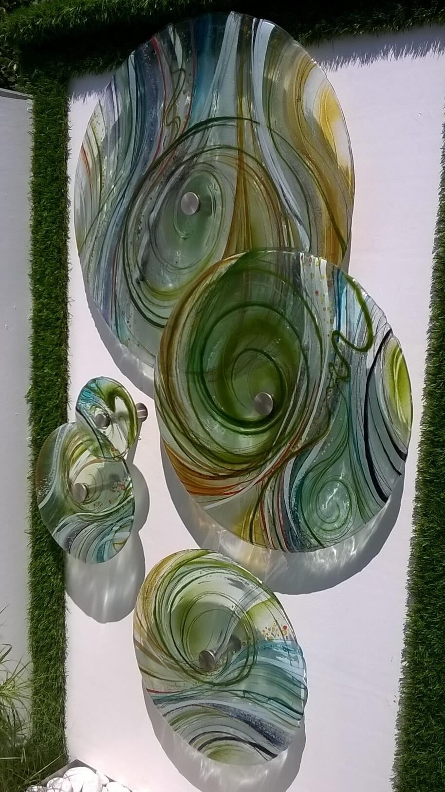 garden water feature glass