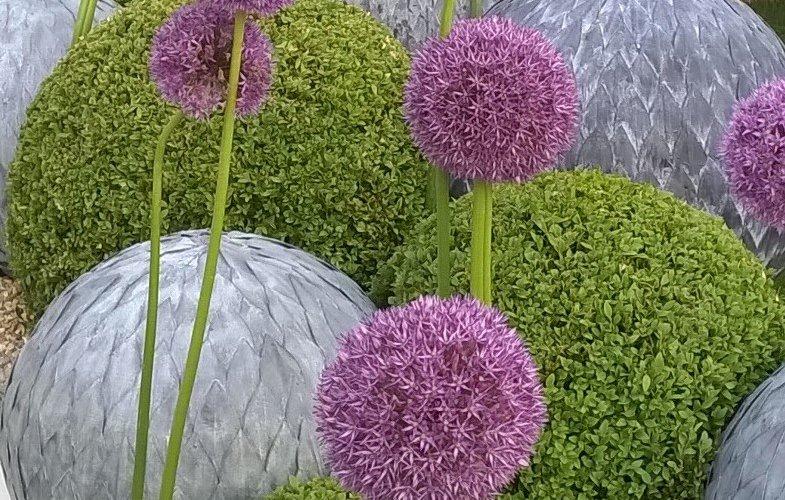 garden sculpture balls